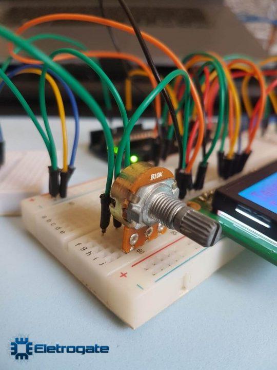 Medidor de temperatura com Arduino - Potenciometro